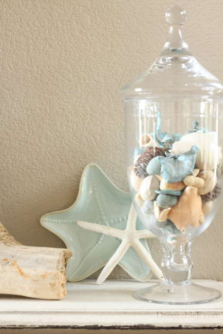 The beachy summer mantel decorchick for Summer beach decor