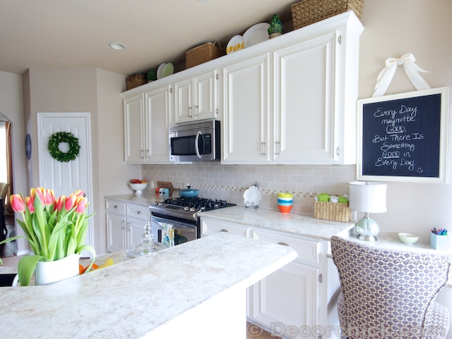 the moment you've been waiting forour white kitchen makeover