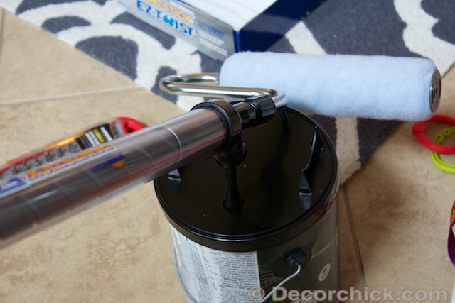 HomeRight PaintStick EZ-Twist draws paint directly from the can