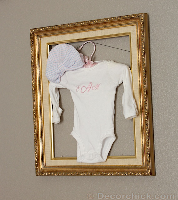 Baby outfit Display
