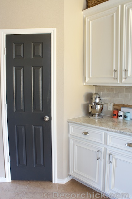 sports shoes 675e2 fdbb1 The Painted Pantry Door! - Decorchick!