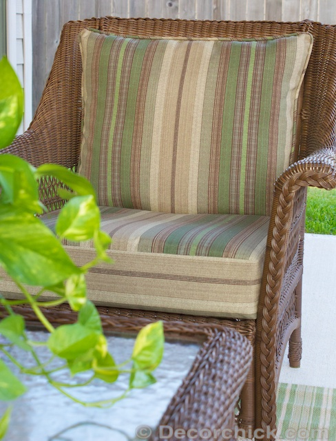 Outdoor Chair Cushion | www.decorchick.com