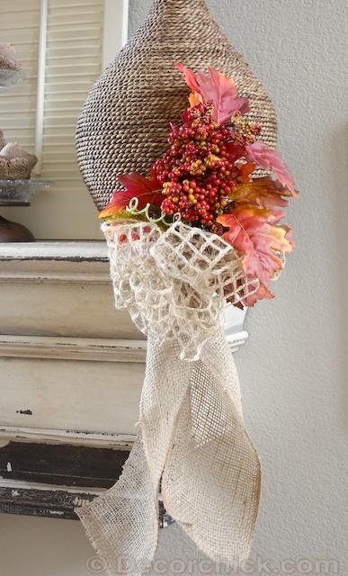 Mantel Bow | www.decorchick.com