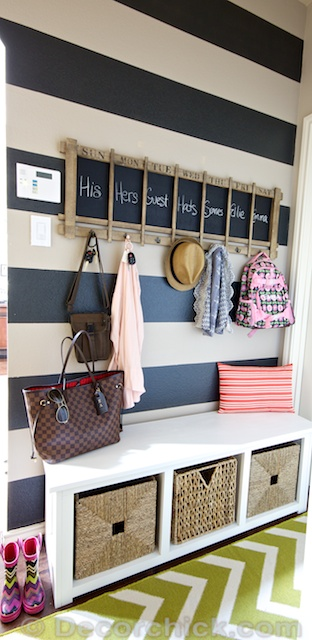 Striped Wall Mudroom | www.decorchick.com