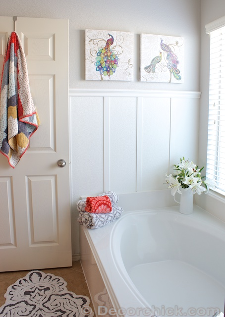 Easy Board and Batten Tutorial in Bathroom | www.decorchick.com