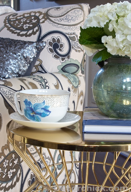 Side Accent Table Decor | www.decorchick.com
