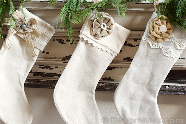 Burlap Stockings | www.decorchick.com