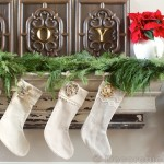 Christmas Mantel | www.decorchick.com