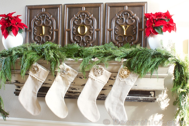 Fresh-Greenery-Mantel