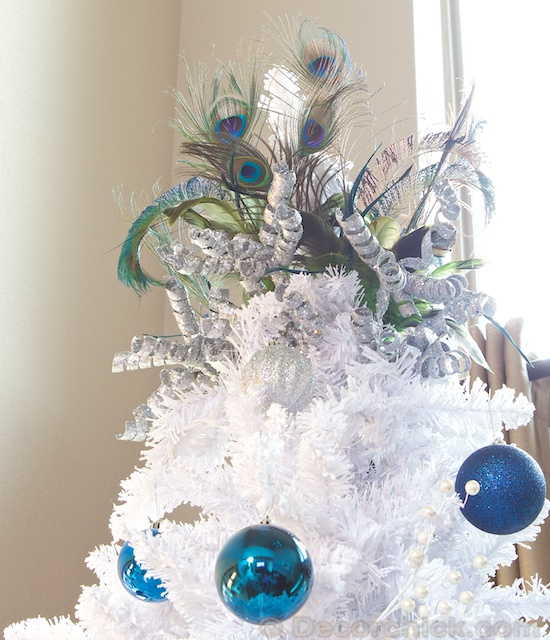 Peacock Tree Topper | www.decorchick.com