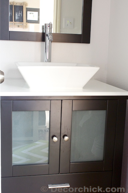 Espresso Vanity with Vessel Sink | www.decorchick.com
