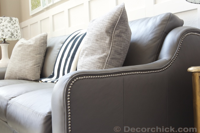 Nailhead Trim Accent | www.decorchick.com