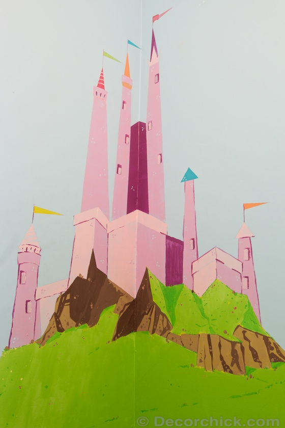 Castle Mural Painted in Secret Room | www.decorchick.com