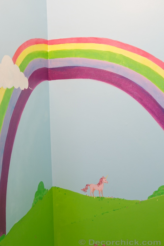 Rainbow Wall Mural | www.decorchick.com