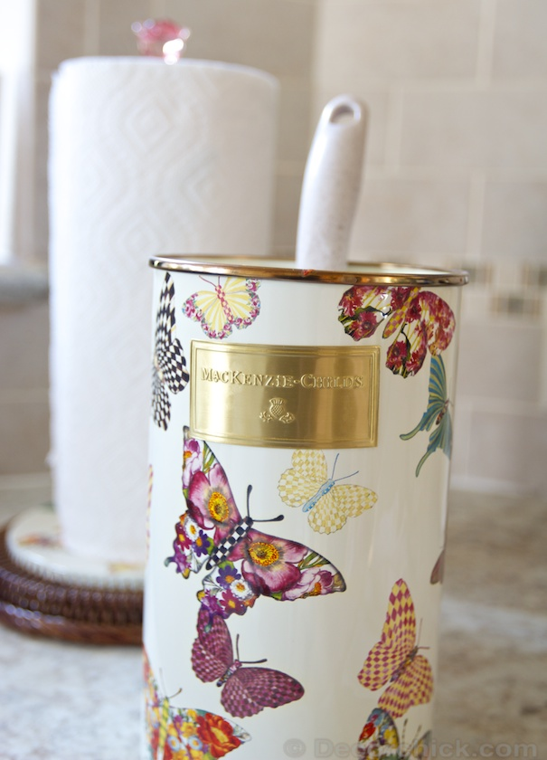 Butterfly Garden Utensil Holder | www.decorchick.com