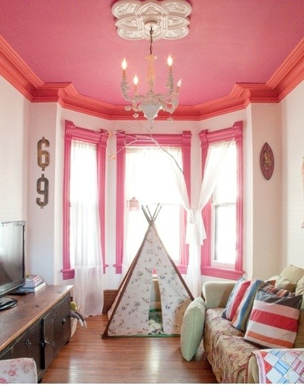 Pink Painted Ceiling | www.decorchick.com