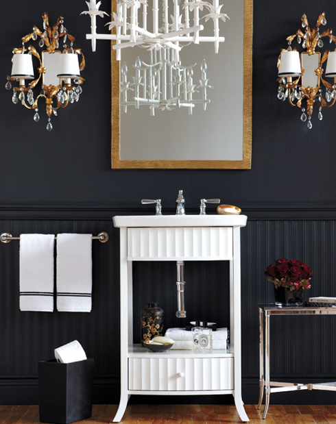 Black Beadboard in Bathroom | www.decorchick.com