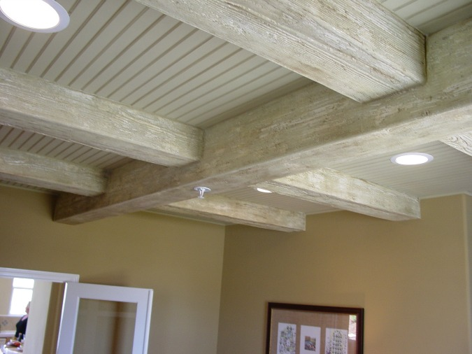 Rustic Wood Beams | www.decorchick.com