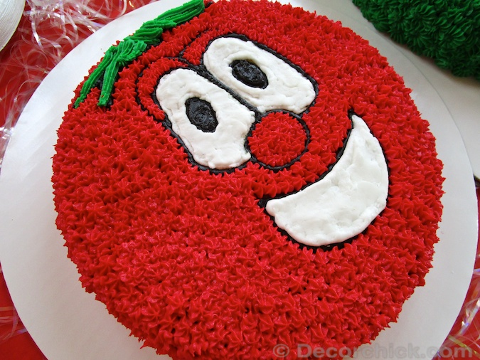 Bob The Tomato Cake | www.decorchick.com