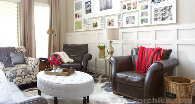 Living Room w/Layered Cowhide Rug | www.decorchick.com