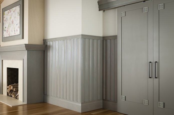 Grey Wall Moulding Treatment | www.decorchick.com