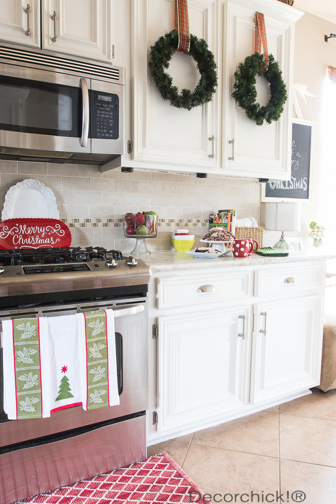 Christmas Kitchen Decor | Decorchick!®