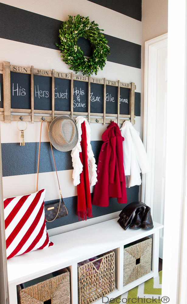 Holiday Mudroom | Decorchick!®