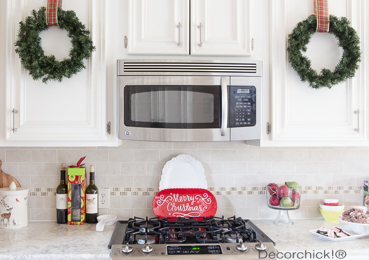 Wreath on Cabinets | Decorchick!®