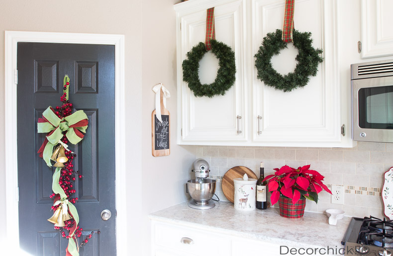 Christmas Door Decor | Decorchick!®