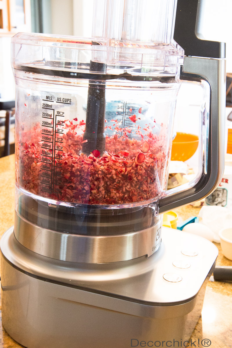 chopped-cranberries-food-processor